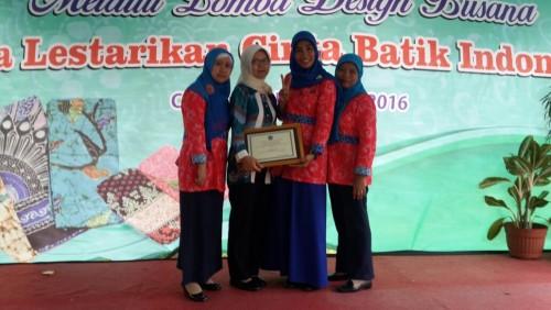 Juara II Lomba Design Busana Tingkat Kabupaten Bogor Tahun 2016