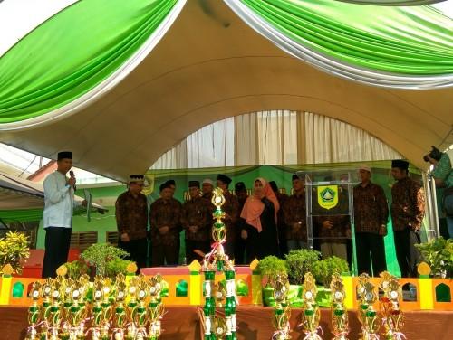 Kegiatan Pawai Ta'aruf dan Pelaksanaan MTQ ke-40 Tingkat Kecamatan Cileungsi tahun 2017